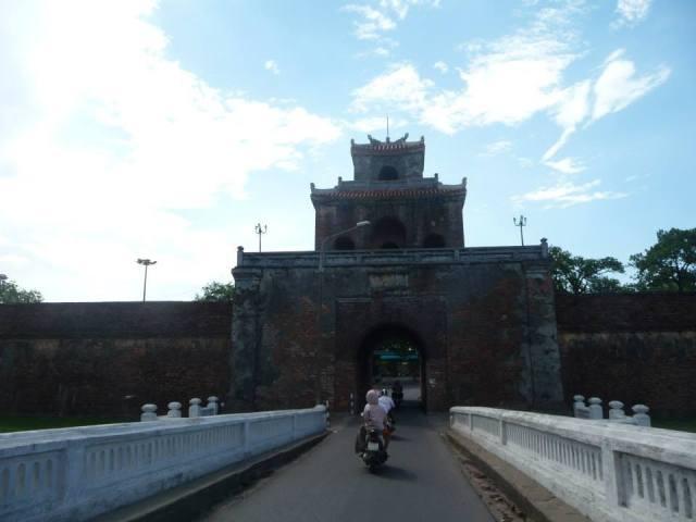 Cổng Ngọ Môn vào Tử Cấm Thành