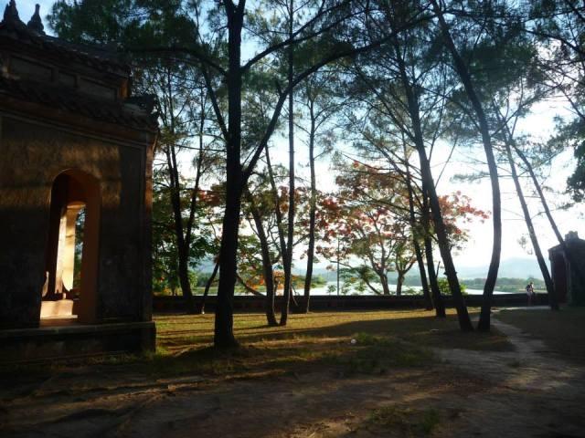 Cảnh trong chùa