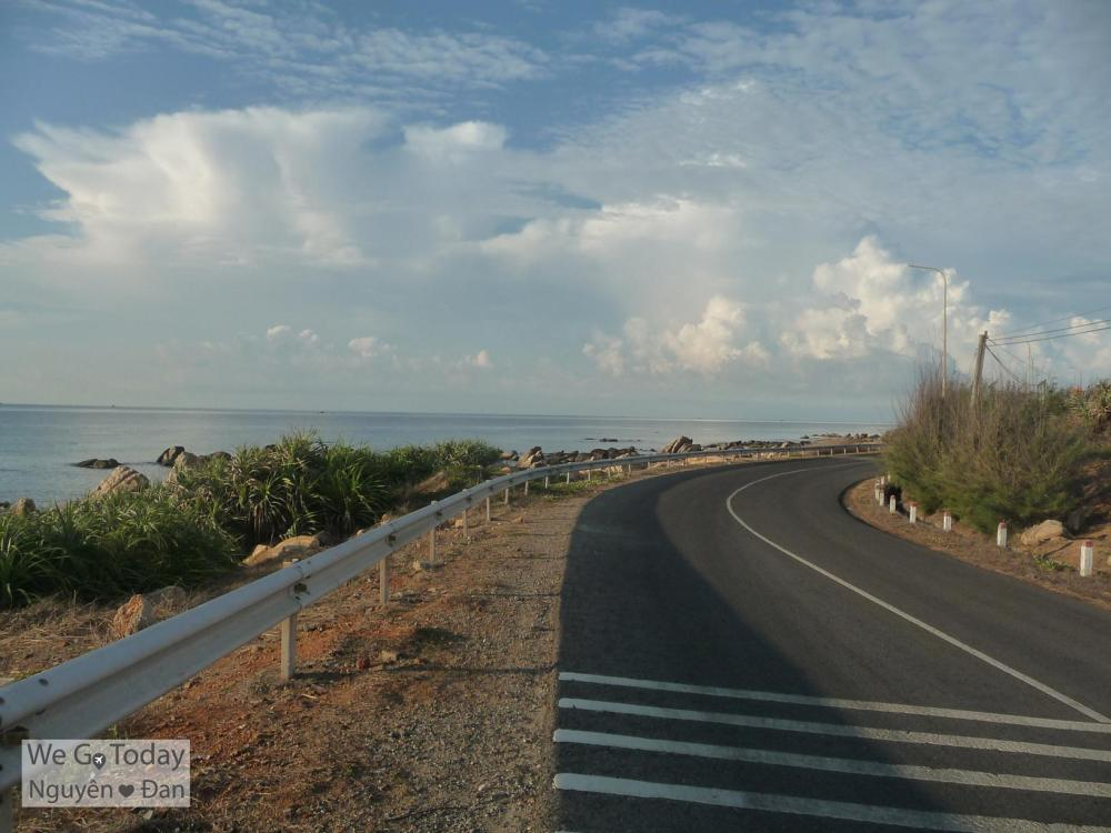 Đường dọc biền về Phan Thiết từ mũi Kê Gà