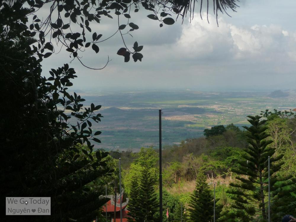 View Từ Tà Cú