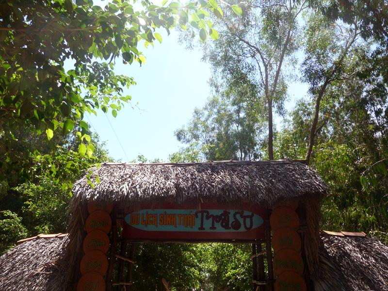 Đường đến Rừng Tràm