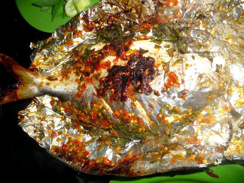 Cá chim nướng muối ớt
