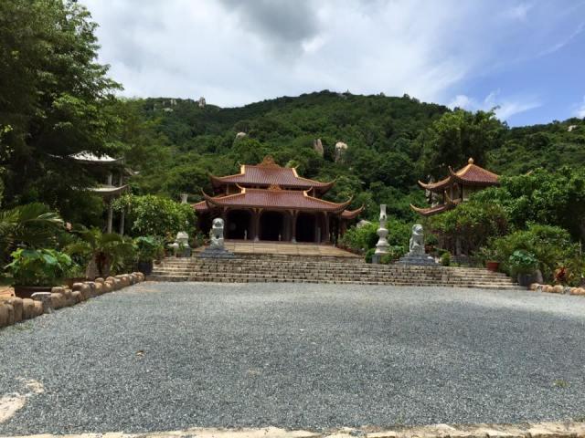 Cảnh quang chùa Khỉ