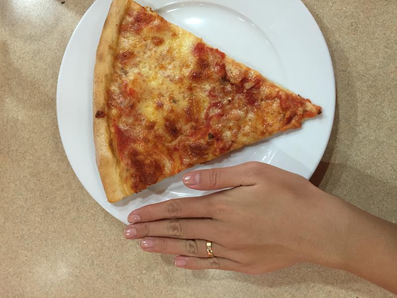 Bánh pizza Sbarro