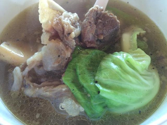 Chân bò hầm rau - Tagaytay