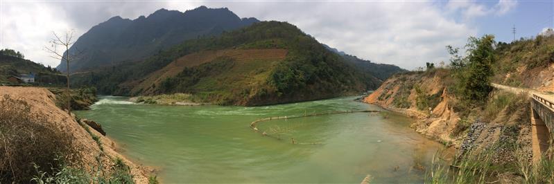Cảnh trên đường đi từ Mèo Vạc về Hà Giang