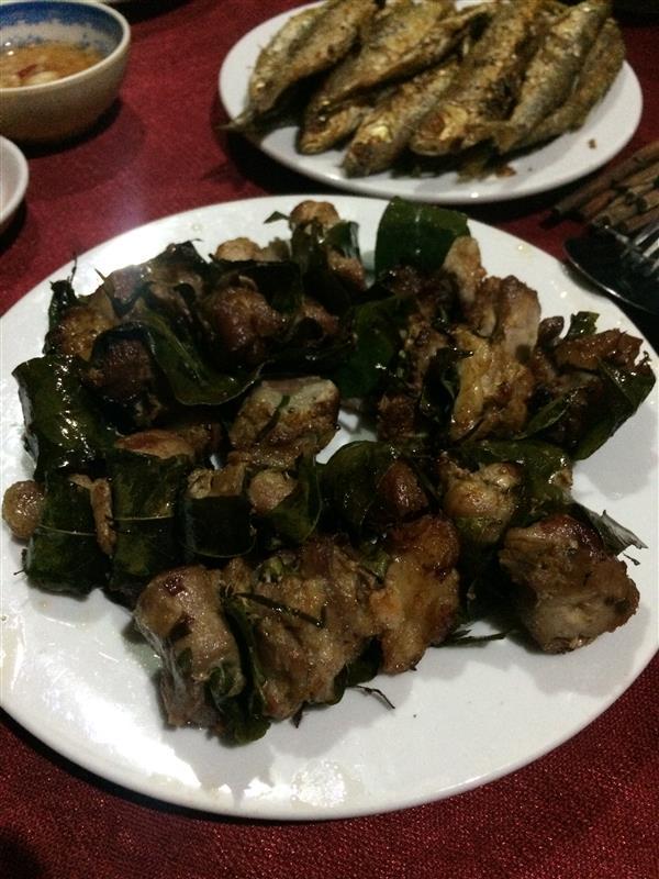 Thịt heo cuốn là móc mật