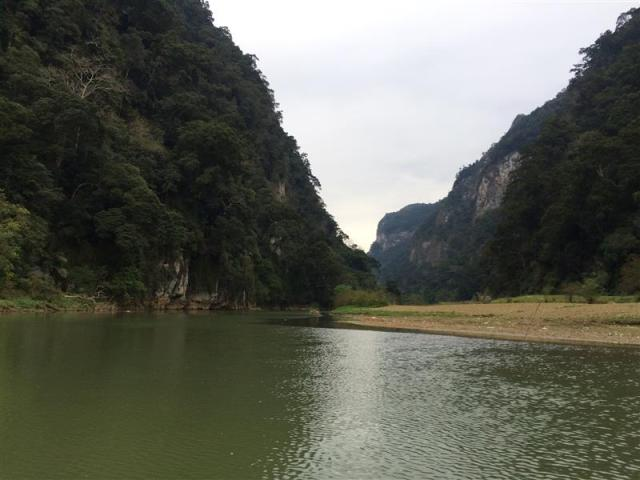 Cảnh hồ Ba Bể