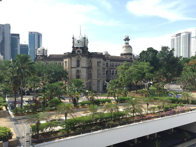 Khung cảnh nhìn từ National Mosque