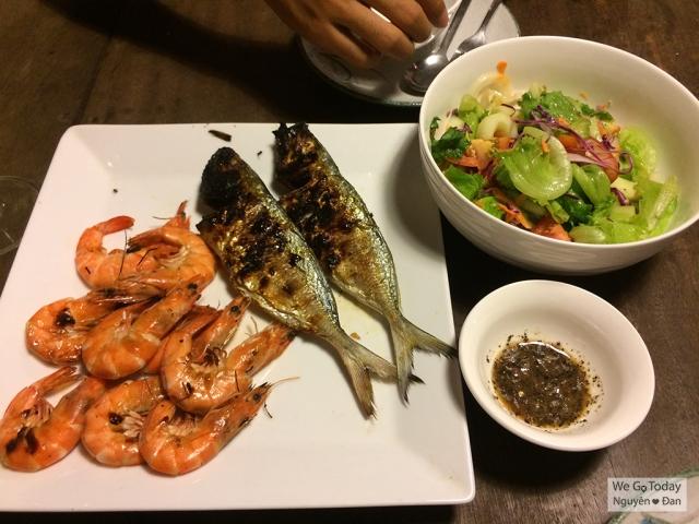 ca-nuong-tom-nuong-salad