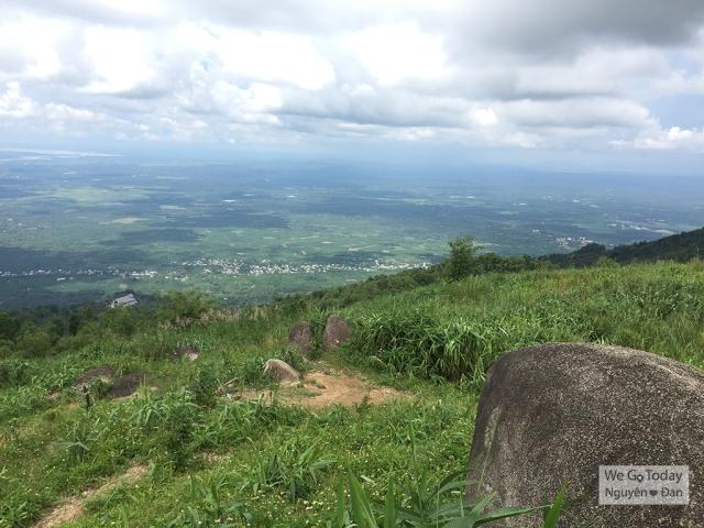 Đỉnh núi Chứa Chan