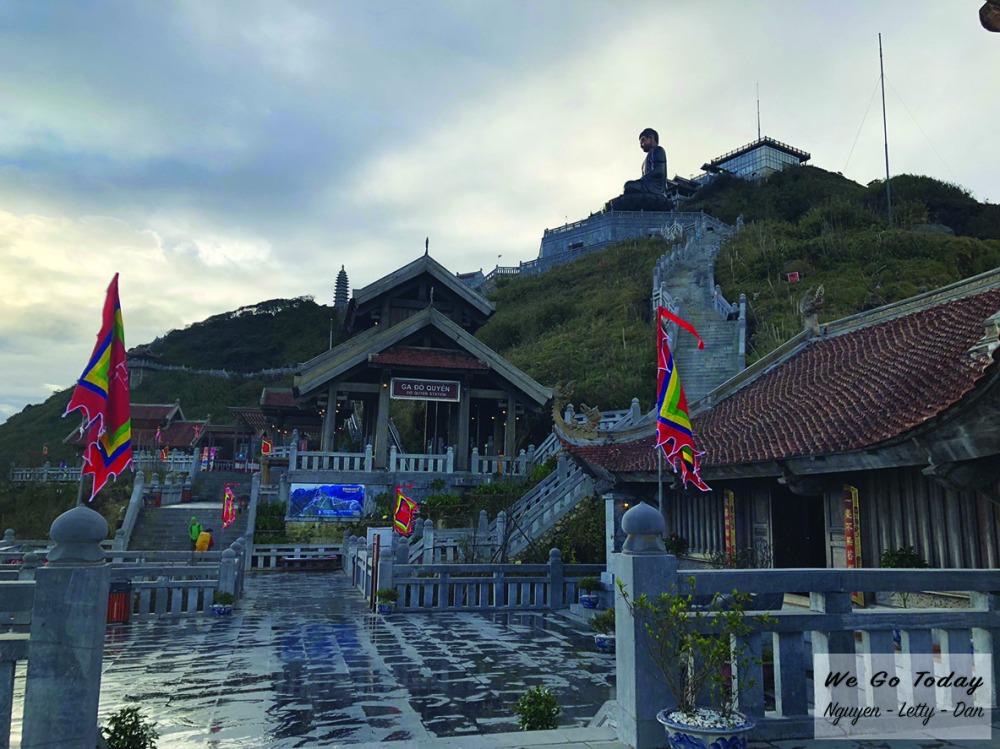 Khu chùa trên đỉnh Fansipan - Trekking Fansipan