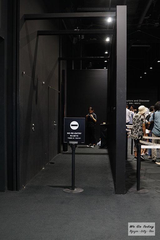 Lối ra khỏi khu trưng bày, một khi đã ra rồi thì không được quay lại