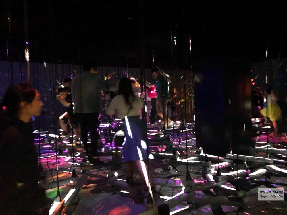Khu trò chơi vận động ở tầng 2 của Teamlab Borderless